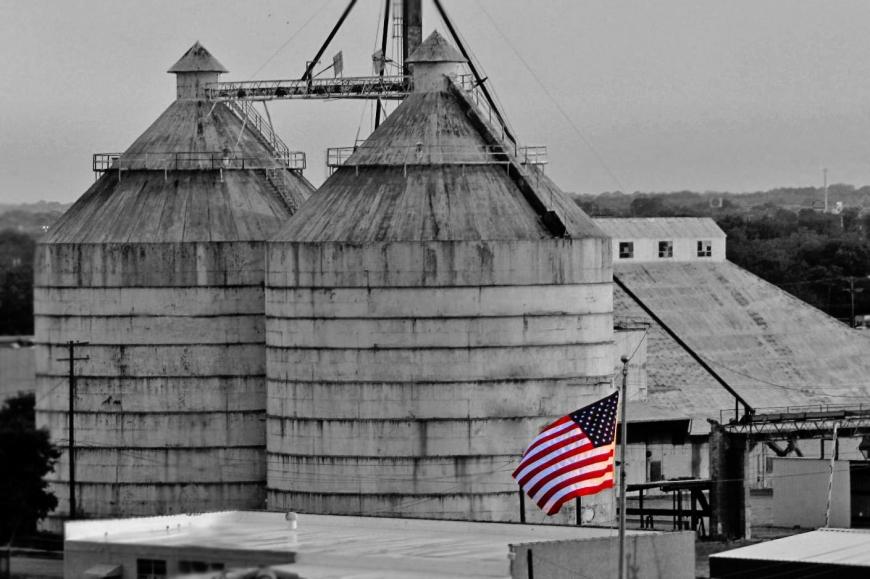 downtown Waco grain elevator